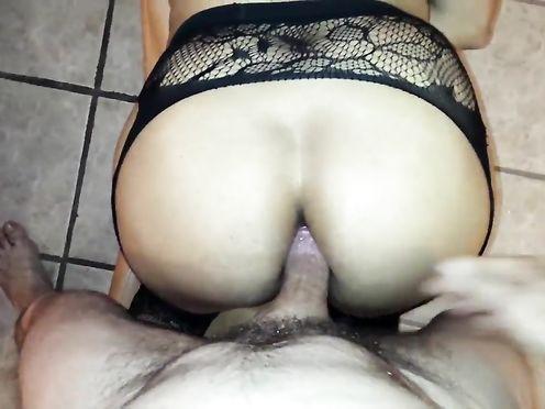 Сын снял на мобильник секс с мамой