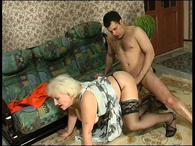 Сисястые мамули секси